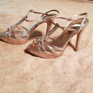 Aldo heels size 7, silver